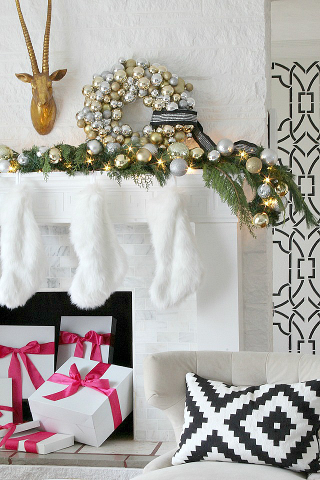 a-holiday-mantel-bliss-at-home-kristin-cadwallader-tour