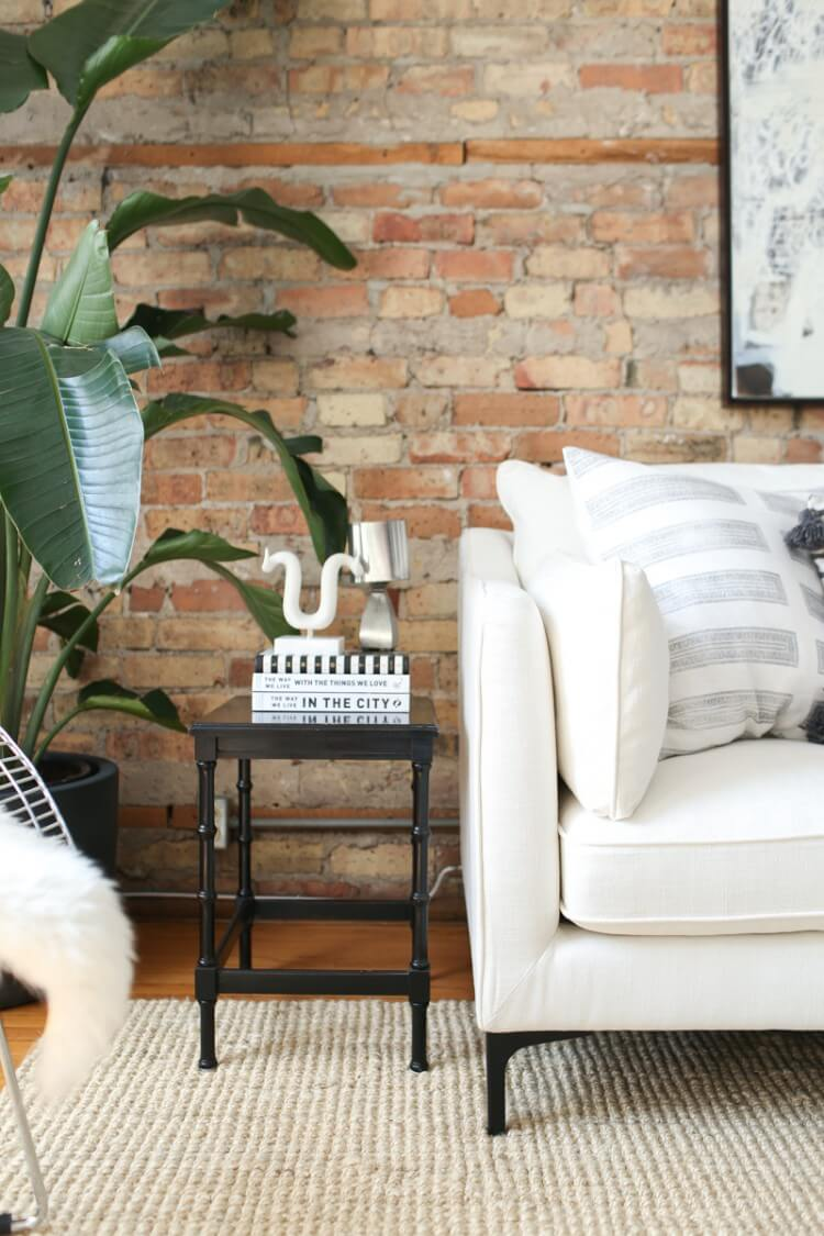 theeverygirl-danielle-moss-home-tour-chicago-WEB-5